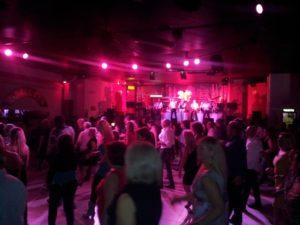 serata danzante discoteca il dollaro